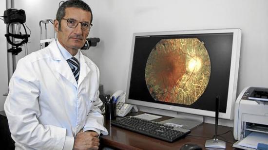 Jordi Monés cree que células madre pueden evitar perder la vista