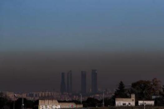 La contaminación atmosférica se relaciona con un mayor riesgo de pérdida de visión por DMAE