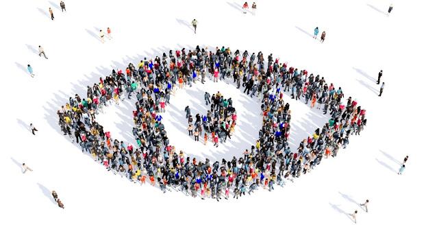 La importancia de la terapia de grupo en la rehabilitación de pacientes con discapacidad visual